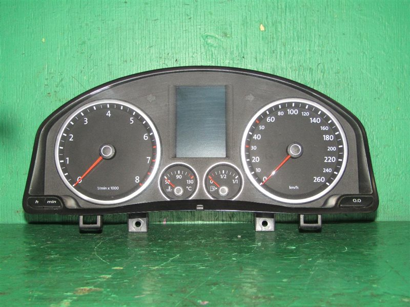 Панель приборов Volkswagen Tiguan 5N1 CAW 5N0920870C