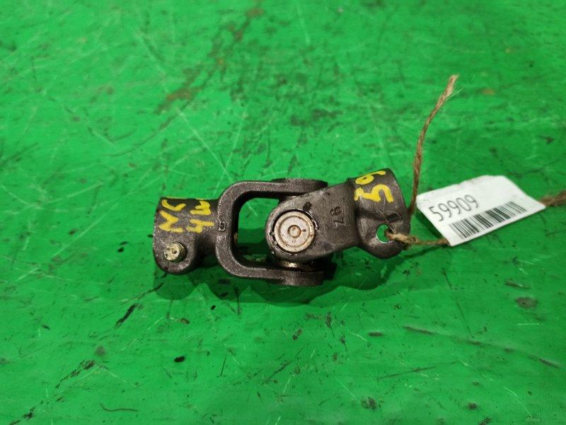 Рулевой карданчик Toyota Vitz NCP15 нижний