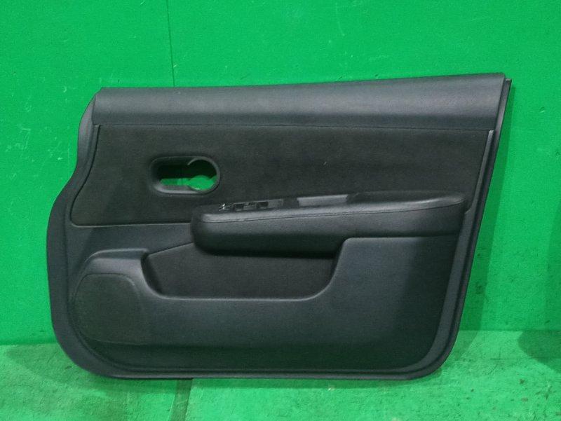 Обшивка дверей Nissan Tiida SC11 передняя правая