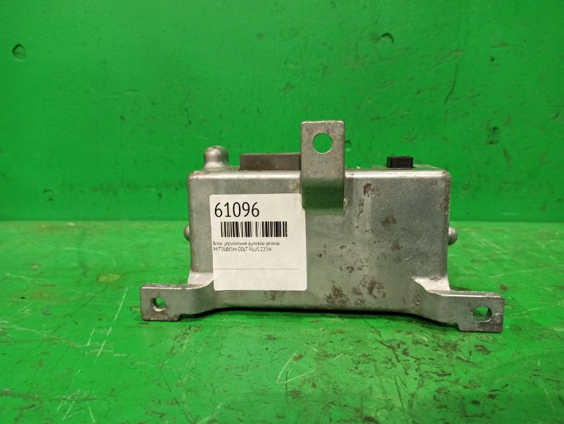 Блок управления рулевой рейкой Mitsubishi Colt Plus Z23W 8633A043
