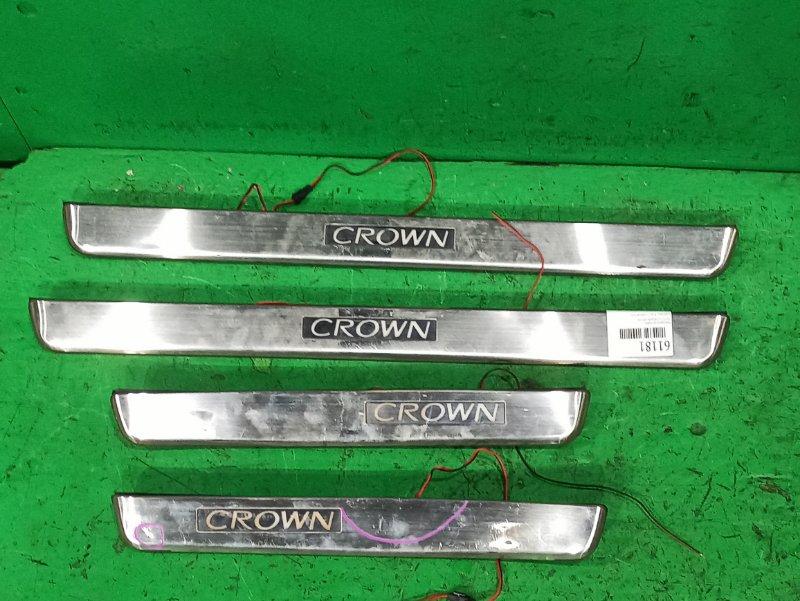 Накладка на порог Toyota Crown GRS182