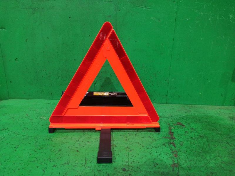 Знак аварийной остановки Subaru Forester SG5