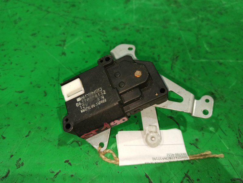Сервопривод заслонок печки Toyota Corona ST190 063700-4132