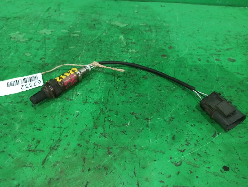 Датчик кислородный Nissan Sunny FB15 QG15DE A24-A71 054