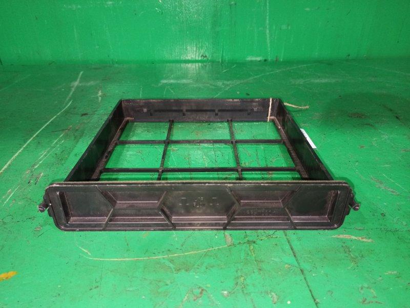 Рамка салонного фильтра Honda Step Wagon RK1