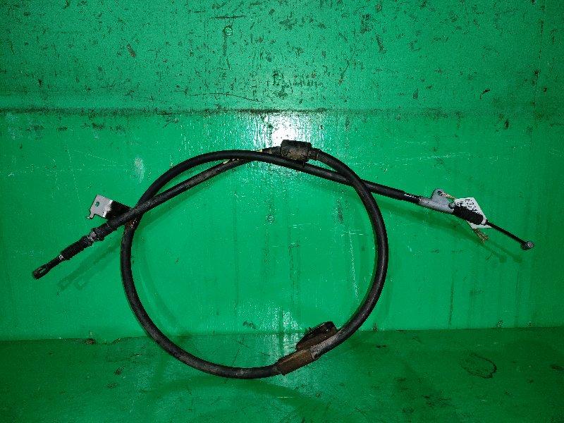 Тросик ручника Nissan Cefiro Wagon WA32 задний левый
