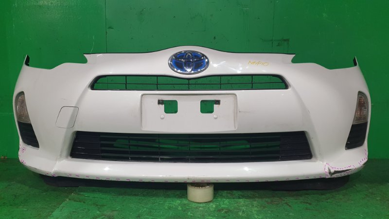 Бампер Toyota Aqua NHP10 11.2011 передний 52-250