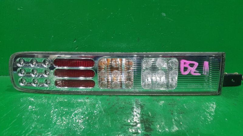 Стоп-сигнал Nissan Cube BZ11 задний левый D052