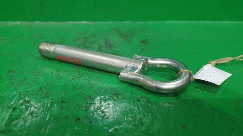Буксировочный крюк Toyota Alphard MNH10