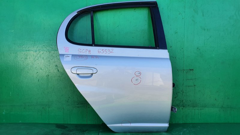 Дверь Toyota Platz SCP11 задняя правая