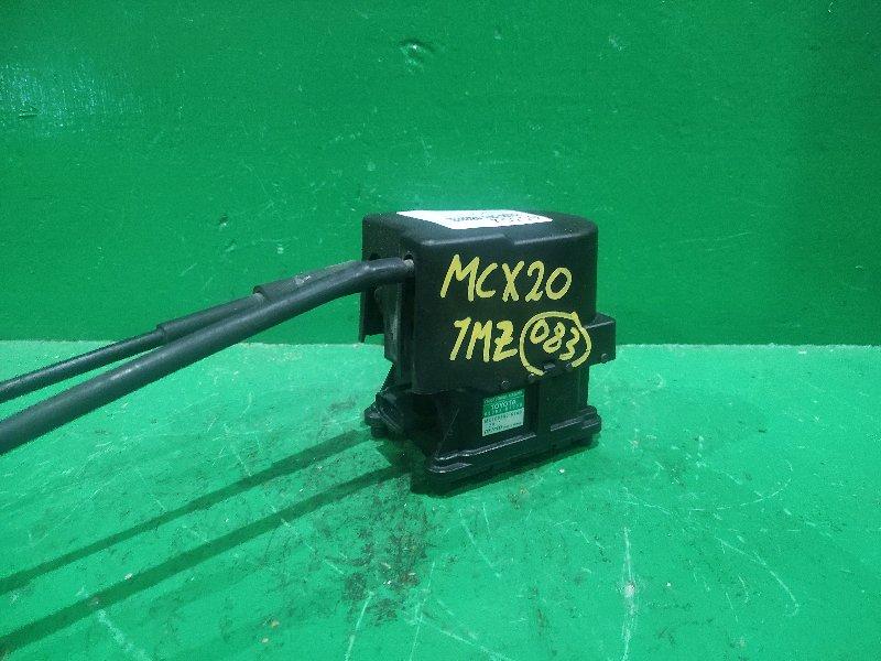 Блок круиз-контроля Toyota Pronard MCX20 1MZ-FE 88002-07030