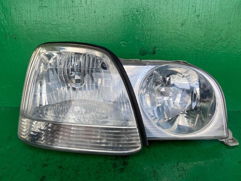Фара Toyota JCG10 передняя правая 51-1