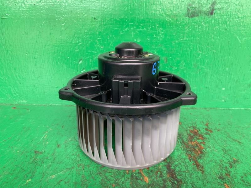 Мотор печки Toyota Windom MCV30