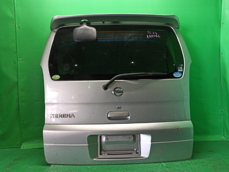 Дверь задняя Nissan Serena PC24 12.2001