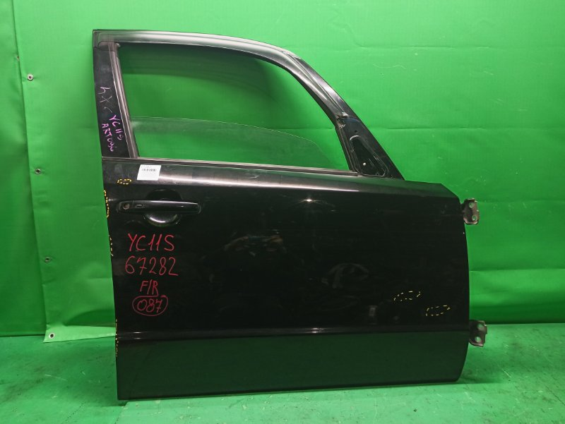 Дверь Suzuki Sx4 YC11S передняя правая