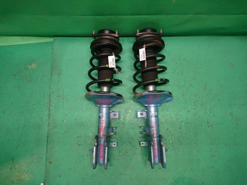 Стойка Nissan Elgrand ATE50 передняя (комплект 2 шт.: левая+правая)