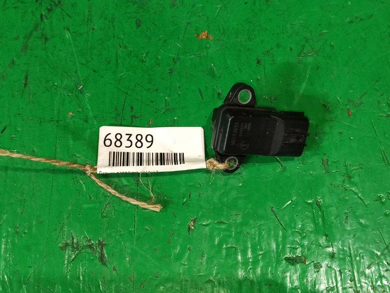 Датчик давления воздуха Mitsubishi Lancer Cedia CS2A 4G15 MN143855