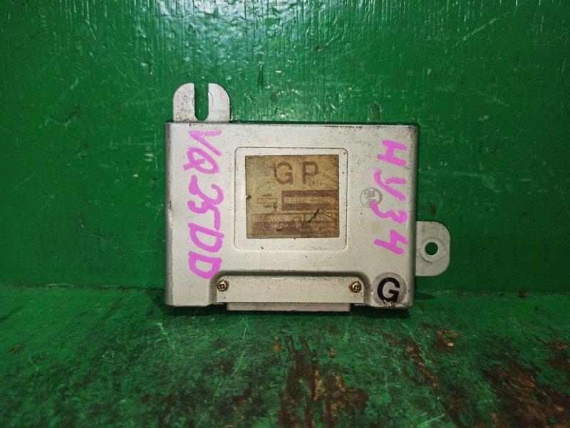 Блок управления автоматом Nissan Cedric MY34 VQ25DD 31036-AH401