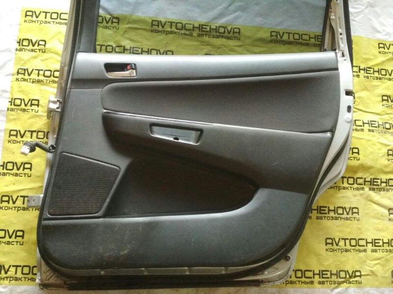 Обшивка двери Toyota Wish ZNE10 1ZZ-FE 2006 задняя правая