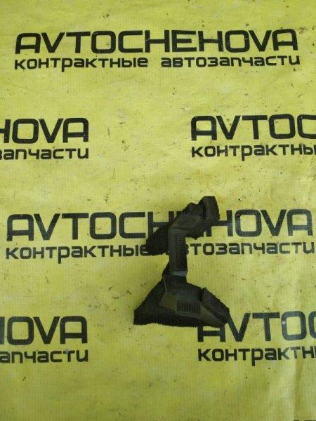 Уплотнитель под жабо Nissan Tiida Latio SNC11-122805 HR15 2007