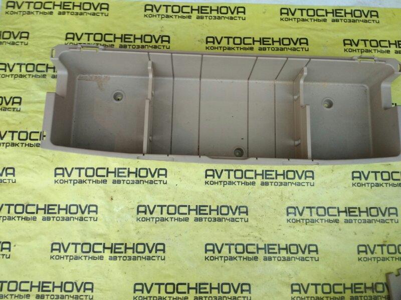 Панель пола багажника Toyota Ipsum SXM10-0205931 3SFE 1999 задний