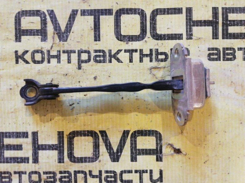 Ограничитель двери Nissan Tiida C11-122153 HR15 2006