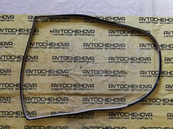 Уплотнитель двери Nissan Tiida Latio SNC11-122805 HR15 2007 задний