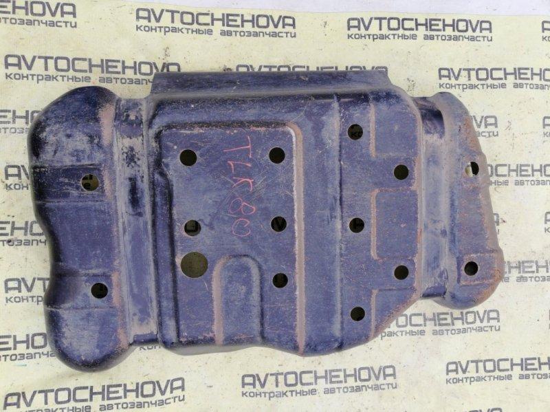 Защита топливного бака Toyota Land Cruiser FZJ80-0117393 1FZFE 1995 нижняя