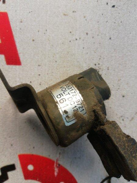 Вакуумный клапан Nissan Atlas P4F23-017711 TD 27 1995