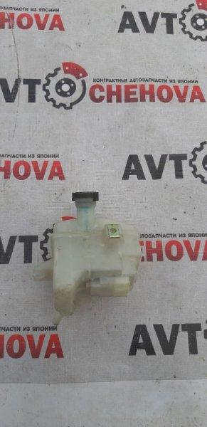 Бачок для тормозной жидкости Nissan Atlas P4F23-008528 TD 27 1993