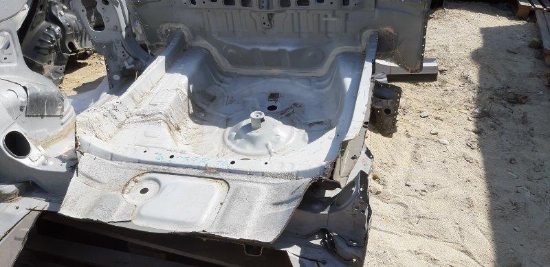 Ванна багажника Toyota Chaser JZX100-0119776 1JZ-GE 2001 задняя нижняя