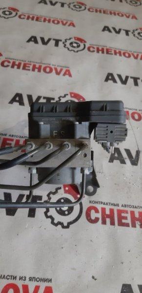 Блок abs Toyota Noah ZRR-70 2008