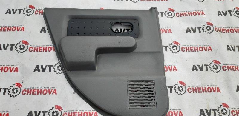 Обшивка двери Nissan Cube BZ11 2002 задняя левая