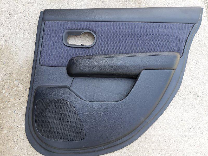 Обшивка двери Nissan Tiida C11-122153 HR15 2006 задняя правая
