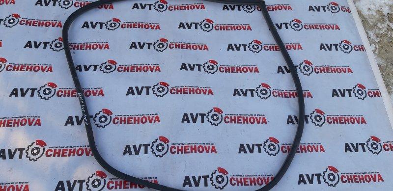 Уплотнитель двери Toyota Allion ZZT245-0030866 1ZZFE 2005 передний правый