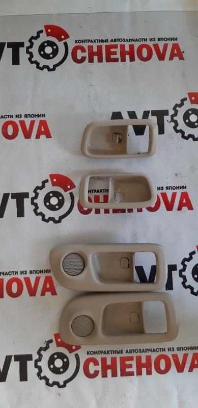 Накладка на ручку двери внутренняя Toyota Ipsum SXM15-7010989 3S-FE 2000