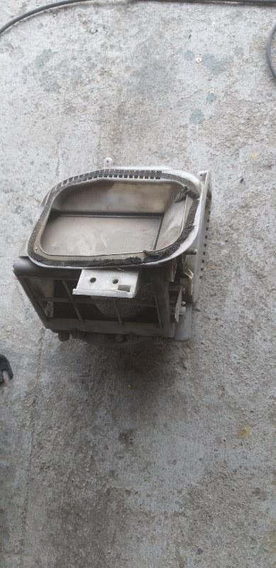 Корпус моторчика печки Nissan Datsun RMD22-001532 QD 32 1997