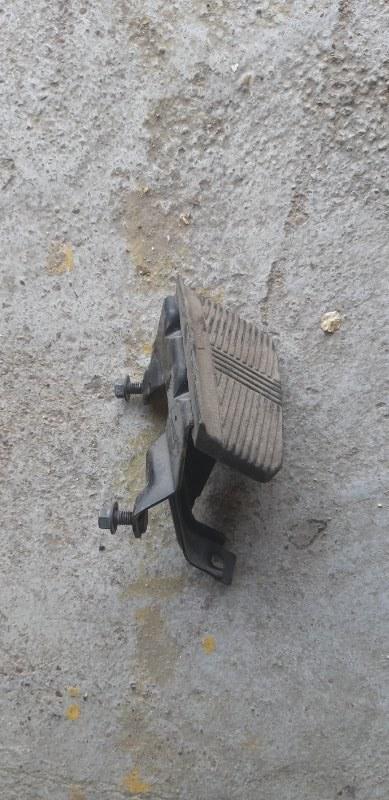 Подставка под ногу Nissan Datsun RMD22-001532 QD 32 1997