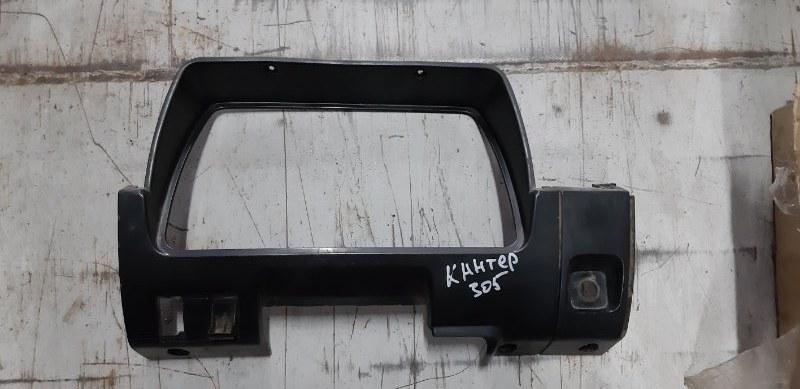 Консоль панели приборов Mitsubishi Fuso Canter FE305B 4D32 1992