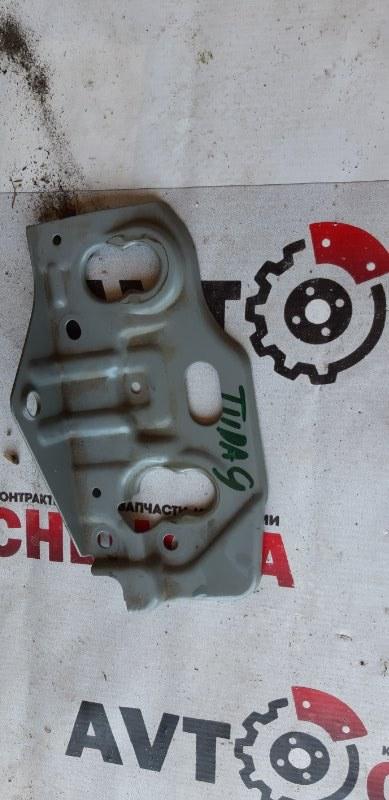 Крепление аккумулятора Nissan Tiida Latio SC11-150851 HR15 2009