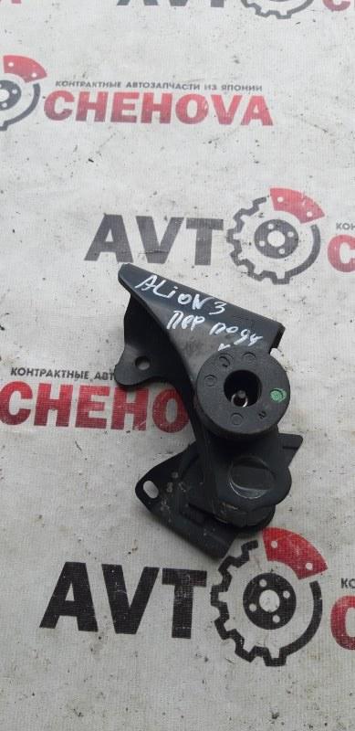 Кронштейн опоры двигателя Toyota Allion AZT240-5007549 1AZFSE 2005 передний