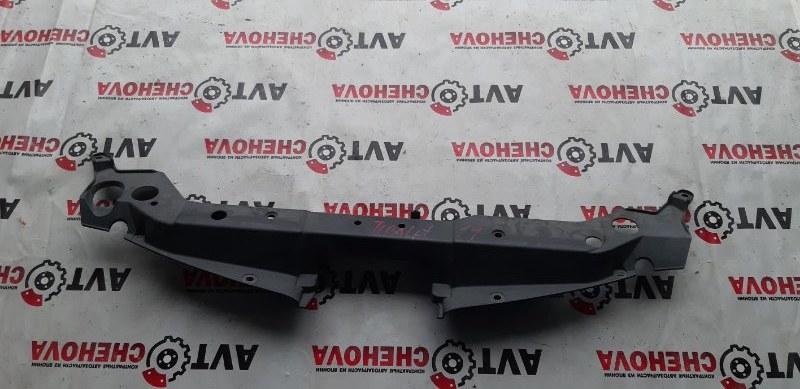 Накладка радиатора Nissan Tiida Latio SC11-204318 HR15 2009