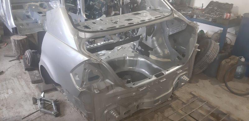 Задняя часть автомобиля Nissan Tiida Latio SC11-258742 HR 15 2010