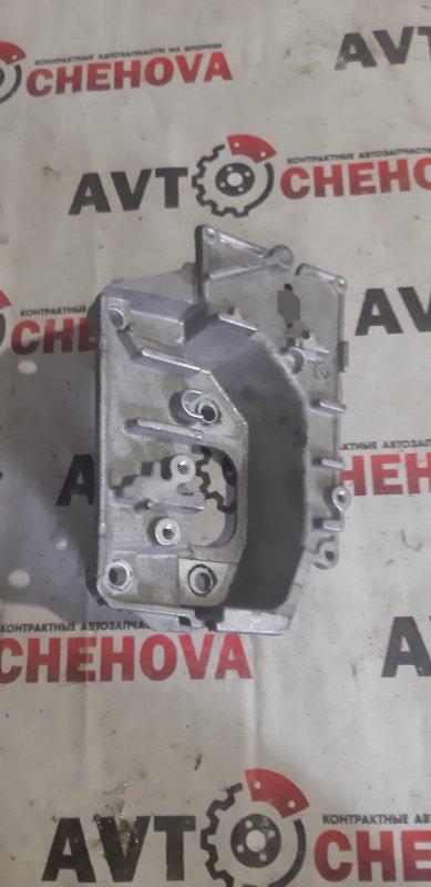 Кронштейн опоры двигателя Nissan Tiida Latio SC11-258742 HR 15 2010
