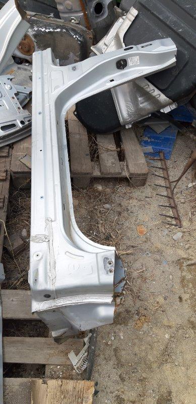 Порог кузовной Nissan Tiida Latio SC11-207080 HR15DE 2010 передний правый