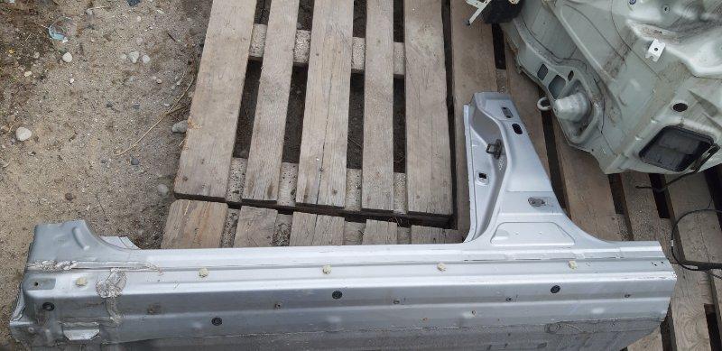 Порог кузовной Nissan Tiida Latio SC11-207080 HR15DE 2010 передний левый