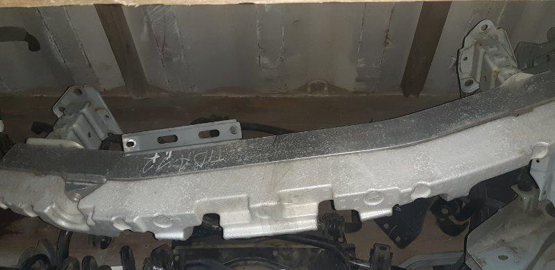 Жесткость бампера(с абсорбером) Nissan Tiida Latio SJC11-029718 MR18DE 2008