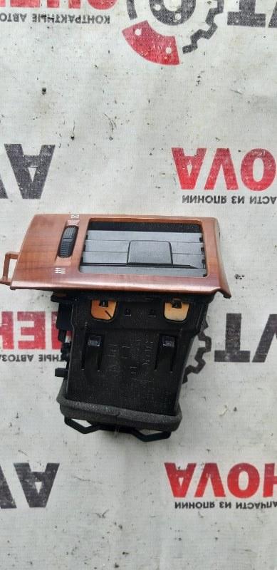 Решетка вентеляционная Nissan Tiida Latio SJC11-029718 MR18DE 2008 передняя правая