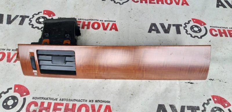 Решетка вентеляционная Nissan Tiida Latio SJC11-029718 MR18DE 2008 передняя левая