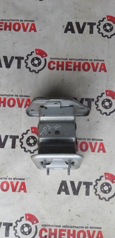 Крепление жесткости бампера Nissan Tiida Latio SJC11-029718 MR18DE 2008 переднее левое
